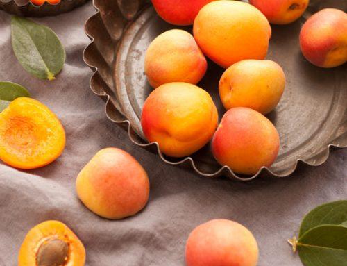 Albicocche: frutta di stagione